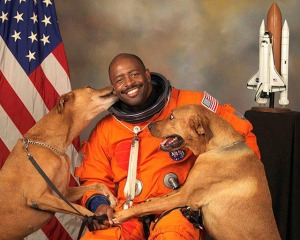 Leland Melvin and dogs